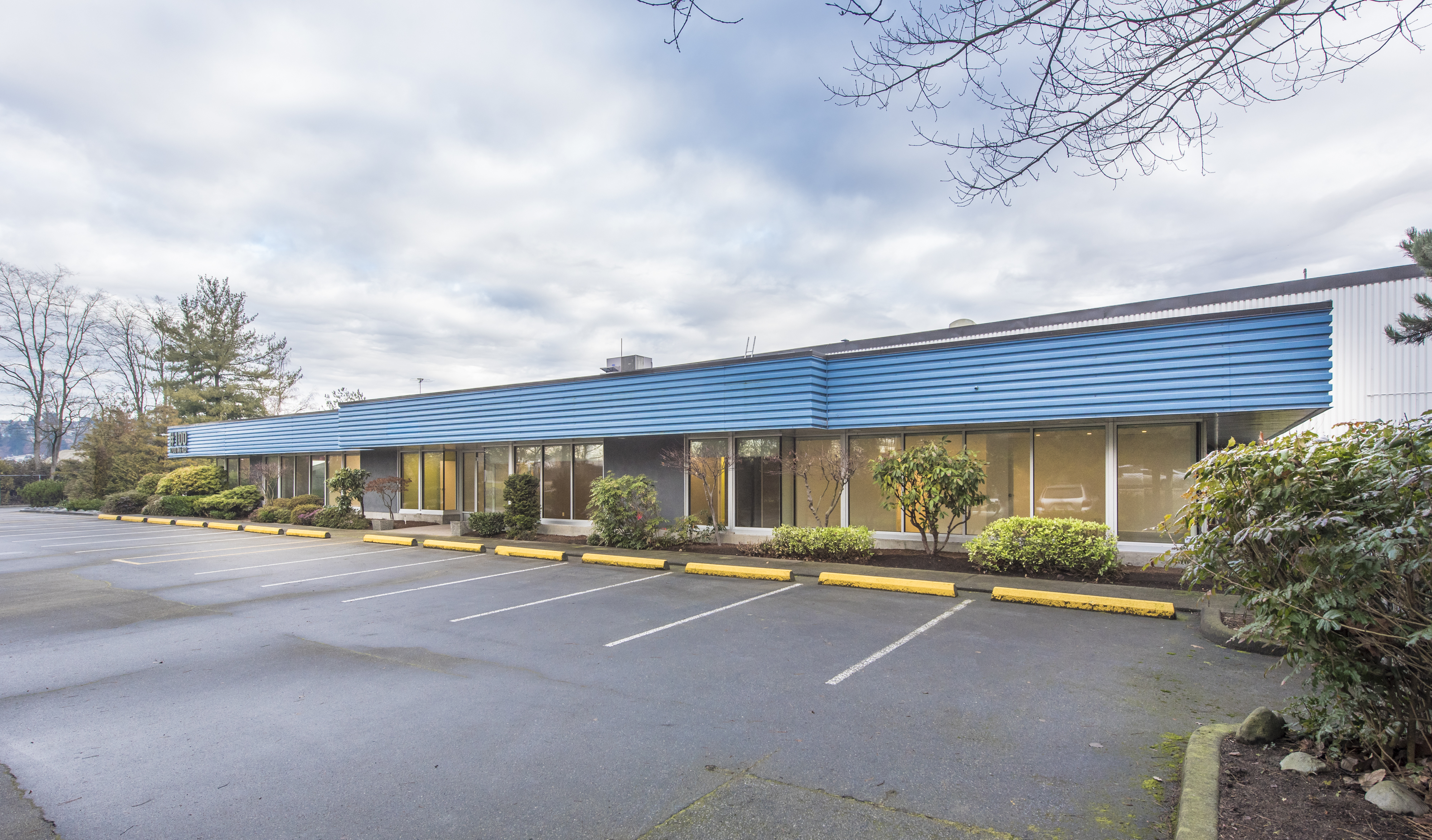 Hungerford Announces Sale of Rivercrest Industrial Business Centre