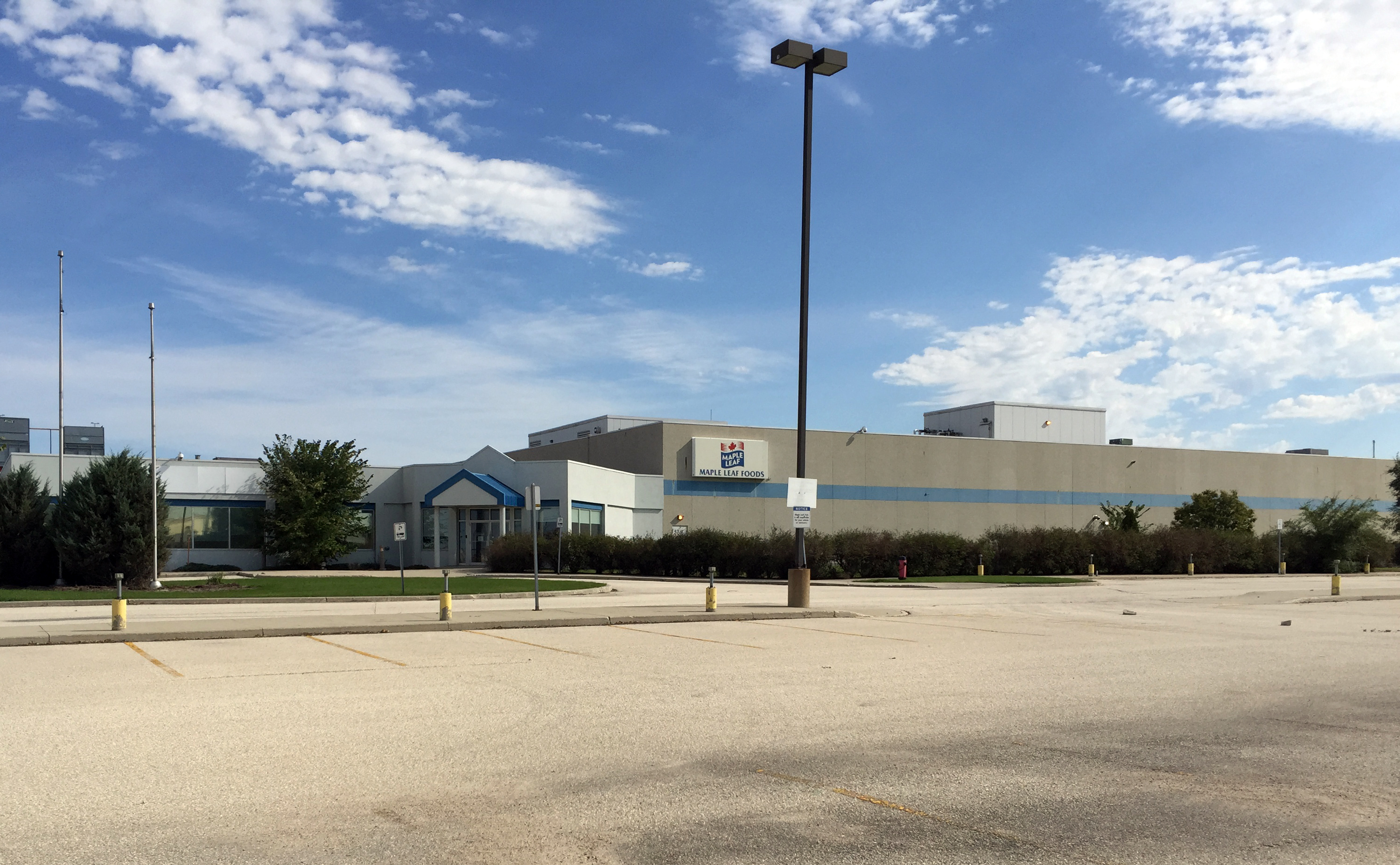 RENX.ca - Hungerford Buys Former Maple Leaf Foods Facility in Winnipeg